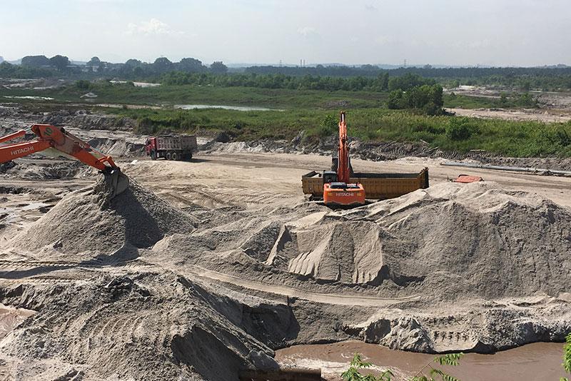 Sand mining 6