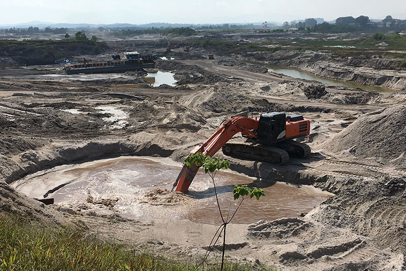 sand mining 5